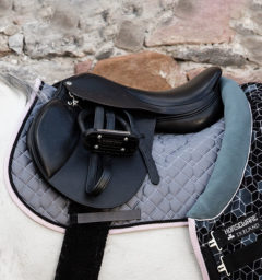 Horseware® Fashion Saddle Pad