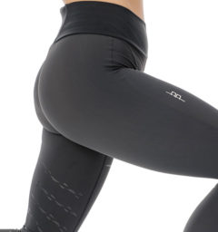 AA Riding Tights Side hip view