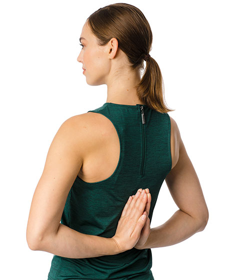 Training tank top hands behind back