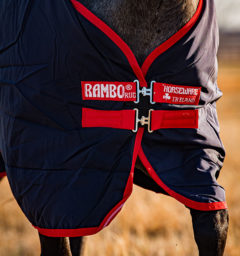 AAAAA2-BR00-Horse-Front-Closure-Blanket-Rambo-Original-Turnout-Navy-Red